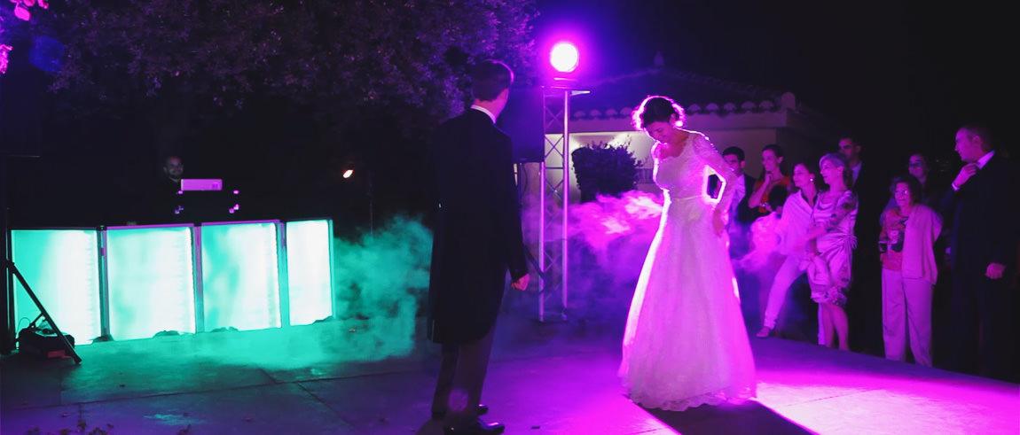 Primer baile de los novios en la boda en la Bobadilla