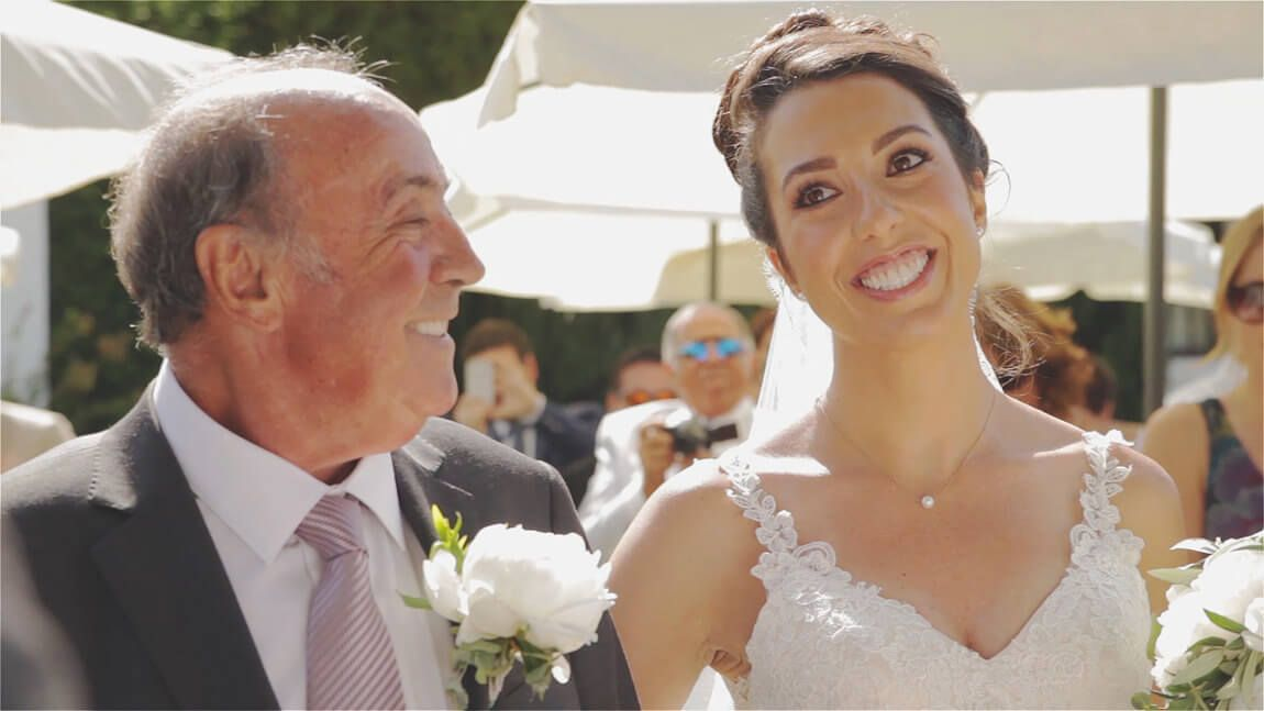 Novia en la ceremonia civil en Hacienda San Jose de Marbella