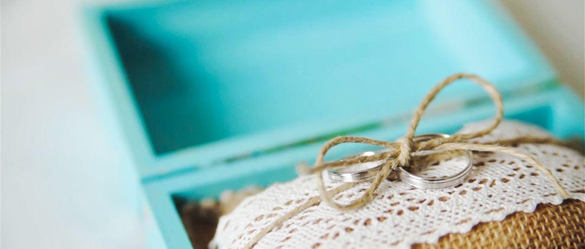 Detalles de una boda civil